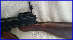 1920's THOMPSON TOMMY GUN capone SUB-MACHINE GUN NON-FIRING movie prop REPLICA