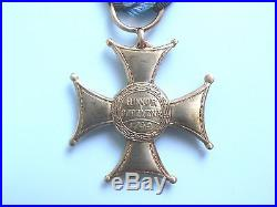 #29r POLAND ORDER VIRTUTI MILITARI. 4th class, 1930s II type medal, cross, Knedler