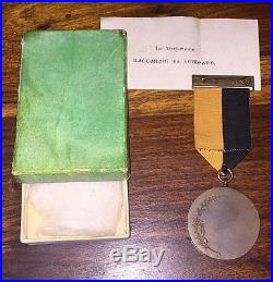 Authentic Irish Black & Tan Independence War Medal In Box President Mini Ireland