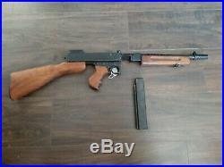 Denix M1928 Thompson Non-firing Sub Machine Gun Movie Prop