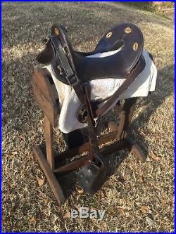 Mcclellan saddle 12 inches seat probably 1904 original, stamped US stirrups