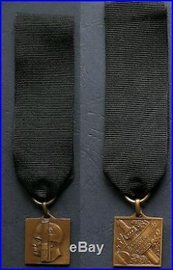 Original A. O. I. Medal Fossalta M. V. S. N. Black Shirts Cc. Nn. Duce Mussolini
